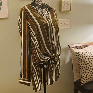 FREE SHIPPING Stripped Top